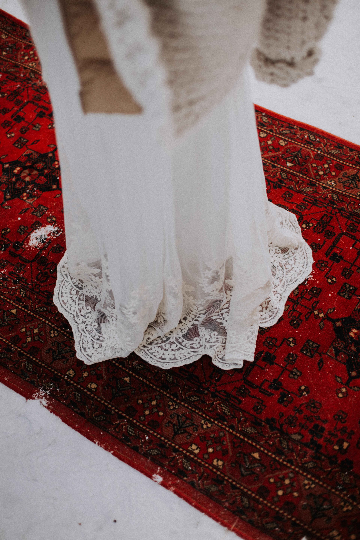dentelle robe de mariée hiver